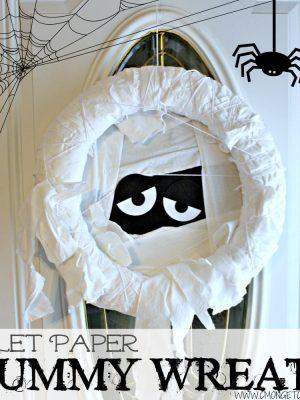 Crafty Quickie – DIY Toilet Paper Mummy Wreath