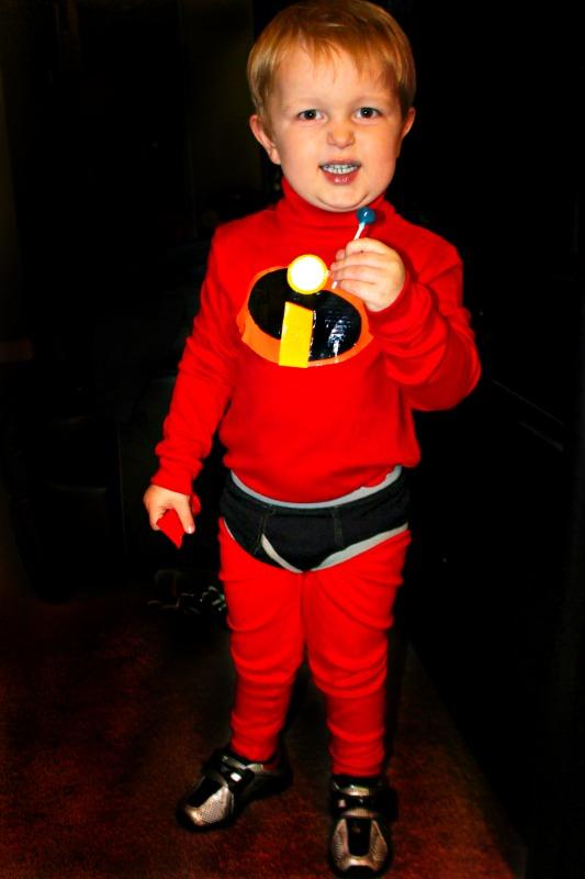 sc 1 st  Cu0027mon Get Crafty & DIY Disney Incredibles Costume