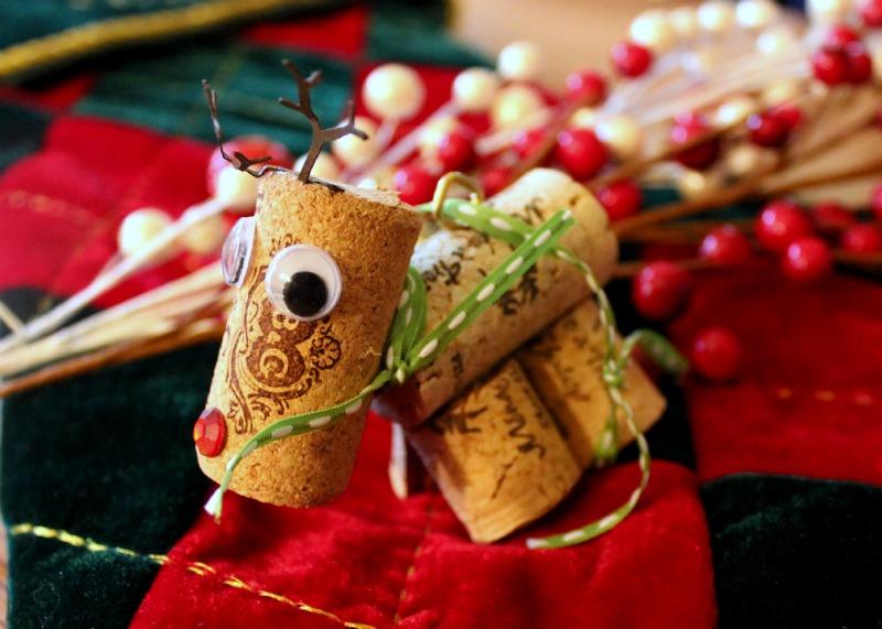 DIY Wine Cork Reindeer Ornament
