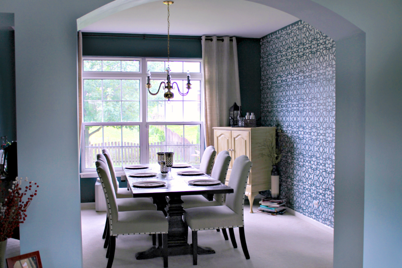 Stenciled Dining Room Wall