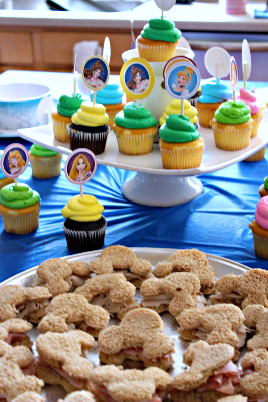 For my son's first birthday, I transformed my house into Disneyland! Check out the fun Disneyland themed food ideas I came up with for the party!