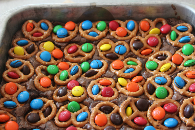 M&M Pretzel Brownies