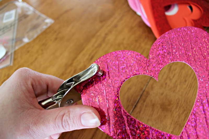 Create An Easy Valentine S Photo Backdrop With Dollar Store Finds