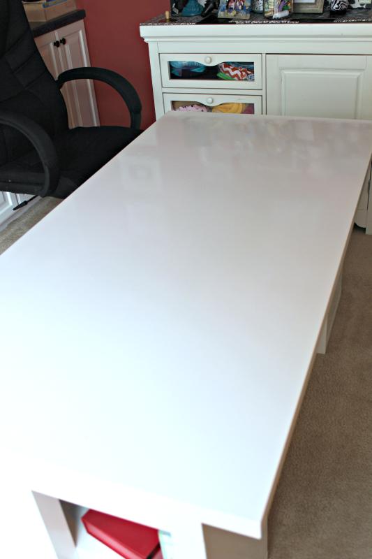 Refresh an IKEA desk with Washi Tape