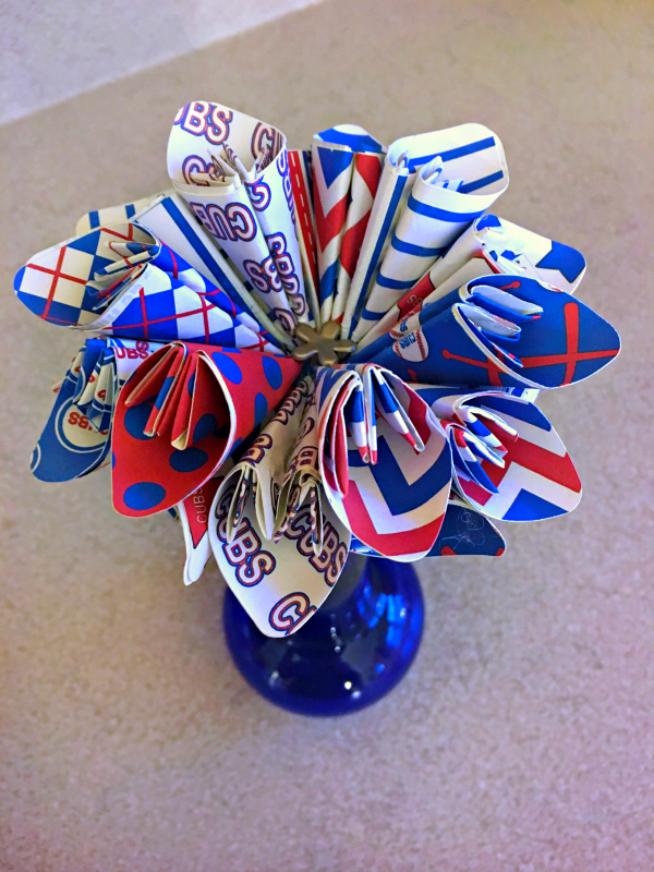 Check out an easy way to create paper flowers or pinwheels!