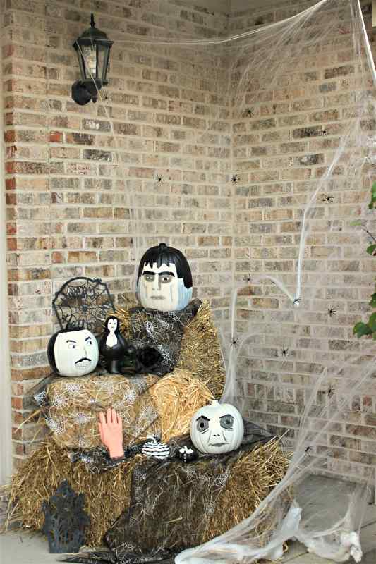 create the addams family in pumpkins this halloween