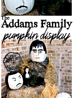 Have you seen the Addams Family - in pumpkin form?? This is a fun and unique front porch display for Halloween!