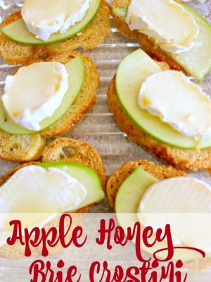 Apple Honey Brie Crostini and a Beautiful Mother's Day Brunch